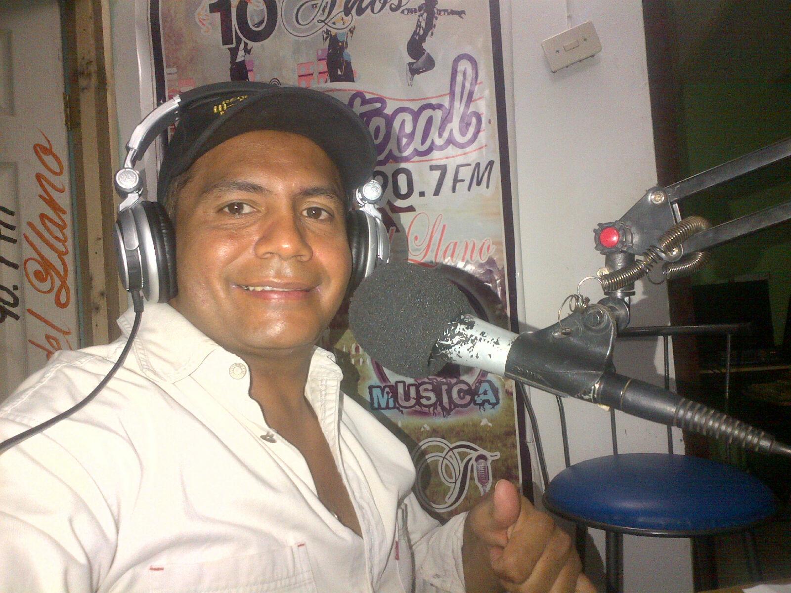 José Luis Zapata, informó que la medida se adoptó por presiones a los propietarios de la estación radial